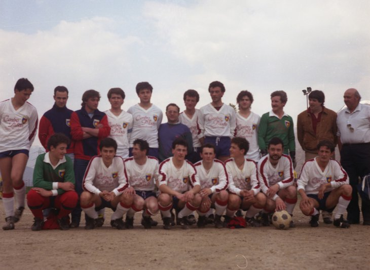 Una formazione del 1985